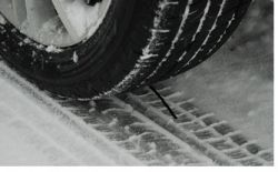 snow tyre > Small image (250 x 156)
